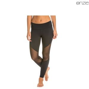 Onzie mesh track legging